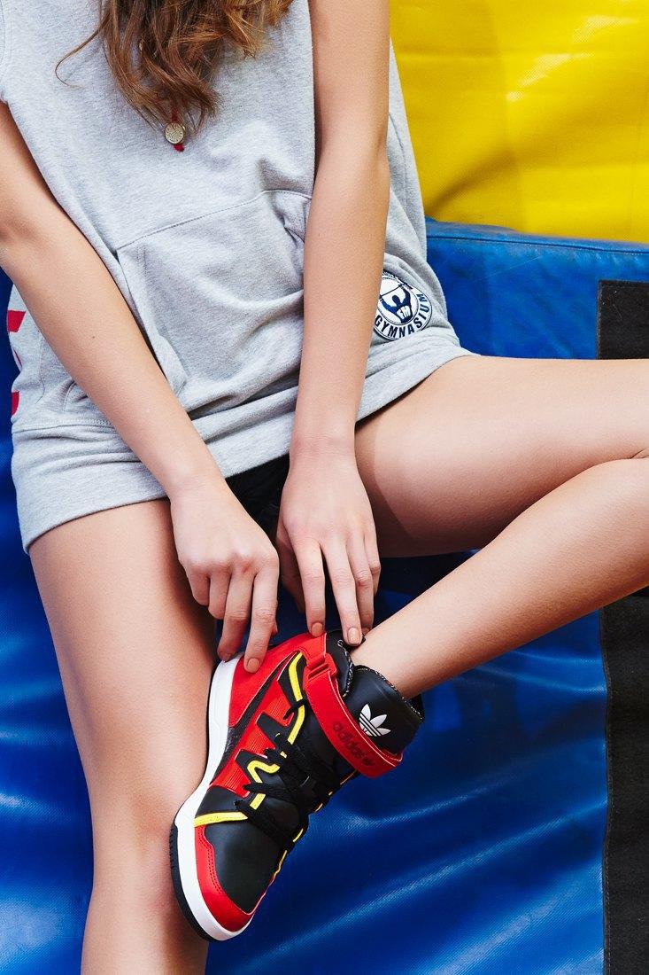 Добейся успеха: Чирлидерши тестируют кроссовки. Изображение № 7.
