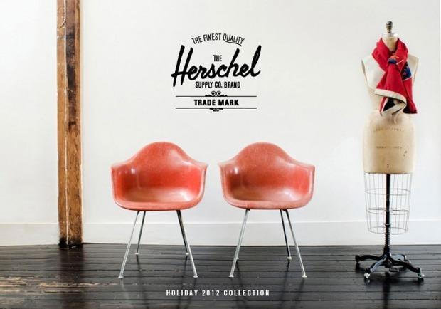 Канадская марка Herschel выпустила новую коллекцию рюкзаков линейки Holiday. Изображение №1.