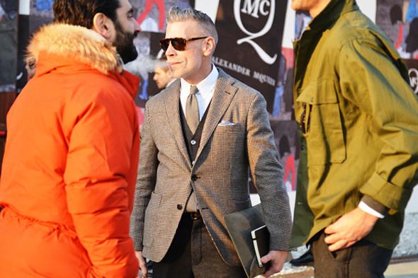 Итоги Pitti Uomo: 10 трендов будущей весны, репортажи и новые коллекции на выставке мужской одежды. Изображение № 42.