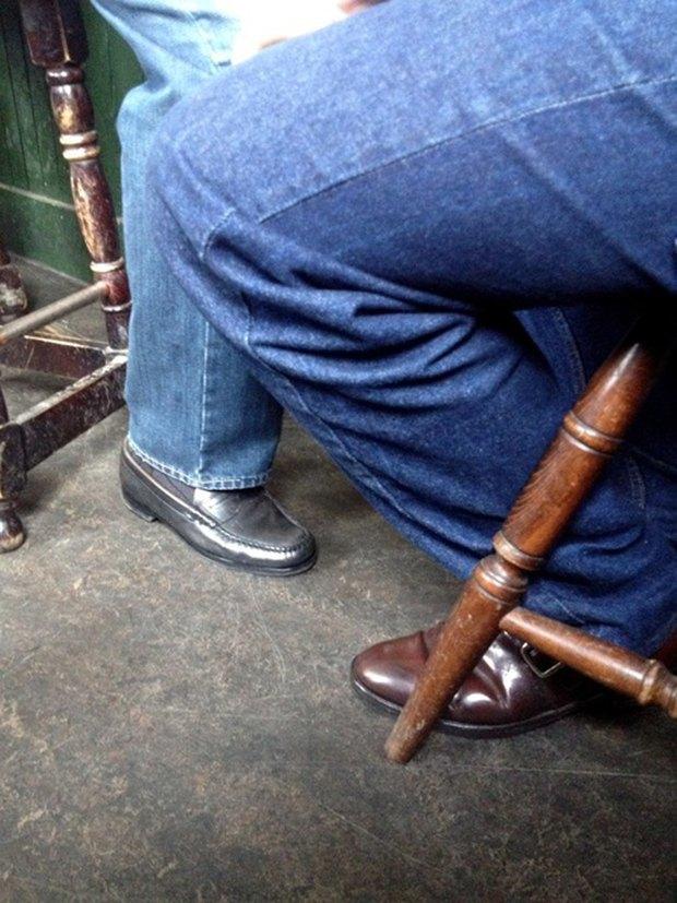 Jeans and Sheuxsss: Еженедельные обзоры худших сочетаний обуви и джинсов. Изображение № 17.