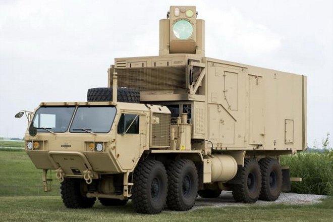 Boeing показала лазерный комплекс ПВО, управляемый джойстиком X-Box. Изображение № 1.