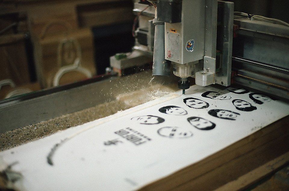 FURFUR х Pepper Customs: Как выглядит процесс создания лонгборда. Изображение № 22.