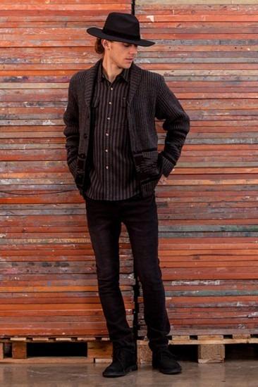 Марка Obey опубликовала лукбук осенней коллекции одежды Holiday. Изображение № 14.