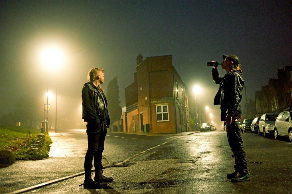 Как британские подростки создают панк-сообщества в заброшенных домах. Изображение № 1.