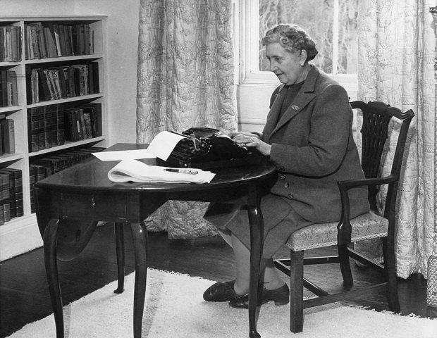 Лучшим детективом всех времен стал роман Агаты Кристи. Изображение № 1.