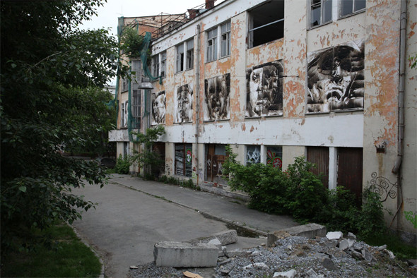 Скетчбук: Уличный художник Radya из Екатеринбурга рассказывает о пяти своих работах. Изображение № 25.