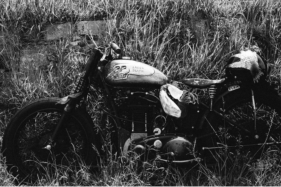 Фоторепортаж с мотоциклетного фестиваля Wheels & Waves. Изображение № 3.