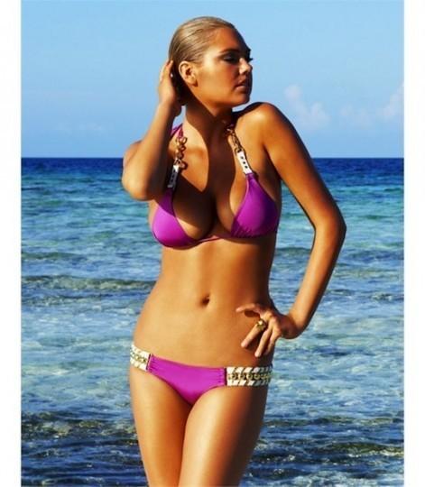 Модель Кейт Аптон снялась в рекламе купальников марки Beach Bunny . Изображение № 8.