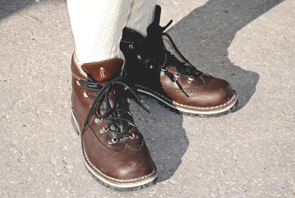 Детали: Репортаж с выставки мужской одежды Pitti Uomo. День первый. Изображение № 57.