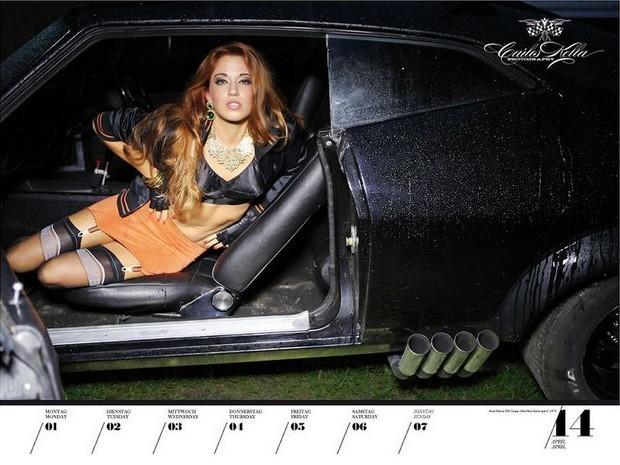 10 эротических календарей на 2013 год. Изображение № 73.