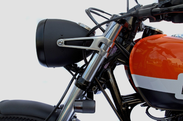 Мотоцикл Kawasaki W650 мастерской Deus Ex Machina. Изображение № 6.