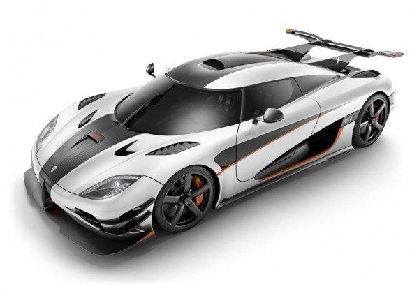 Компания Koenigsegg показала первые изображения самого быстрого в мире автомобиля. Изображение № 1.