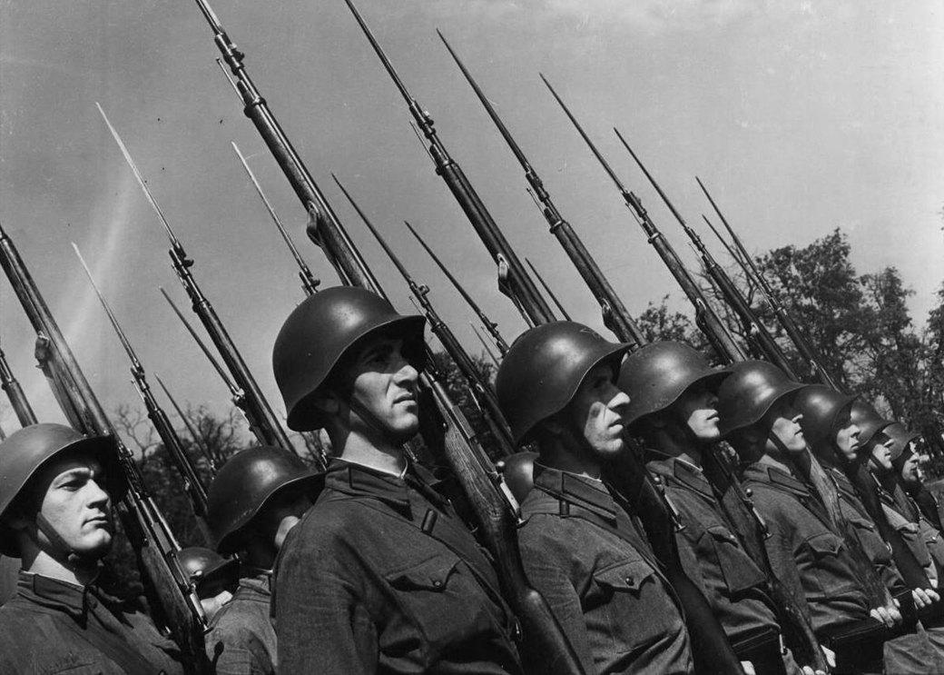 Особый взгляд: 7 женщин-военных фотографов. Изображение № 11.