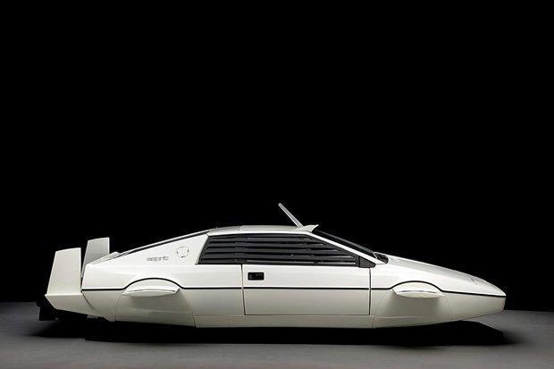 Автомобиль-амфибию Джеймса Бонда продали с аукциона. Изображение № 2.