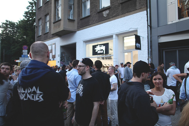 Детали: Фоторепортаж с выставок Bread & Butter, Capsule и открытия магазина Stussy в Берлине. Изображение № 65.