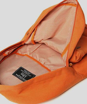 Марки Herschel и Beams выпустили совместную коллекцию рюкзаков. Изображение № 2.