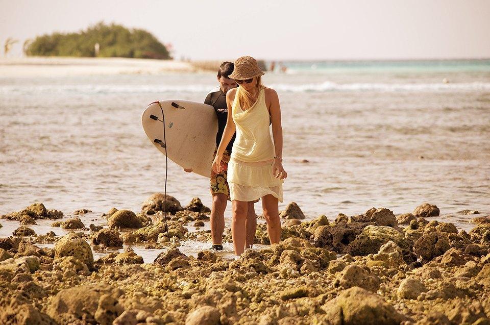 Russia Goes Surfing: Репортаж из серферского лагеря на Мальдивах. Изображение № 22.