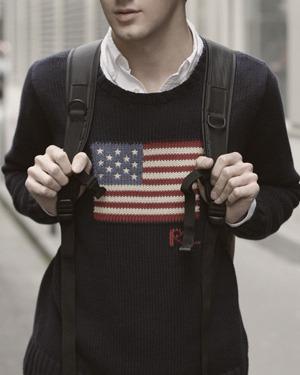 Как правильно носить рубашку под свитером. Изображение № 4.