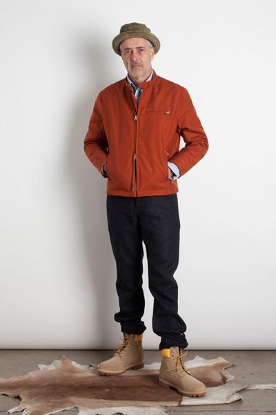 Дизайнер Марк МакНейри выпустил лукбук осенне-зимней коллекции одежды. Изображение № 6.