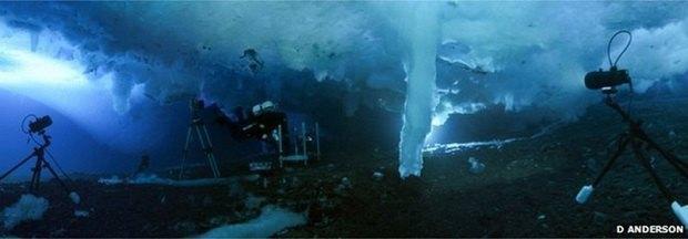 Операторы канала ВВС засняли «ледяной палец смерти». Изображение № 2.