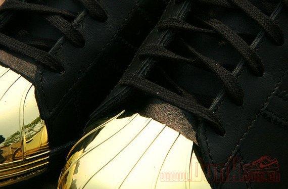 Adidas Originals выпустила кроссовки Superstar 80s с металлическими мысками. Изображение № 6.