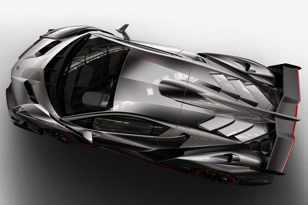 Lamborghini представили юбилейный суперкар Veneno. Изображение № 2.