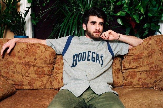 Американский ритейлер Вodega опубликовал лукбук весенней коллекции одежды. Изображение № 14.