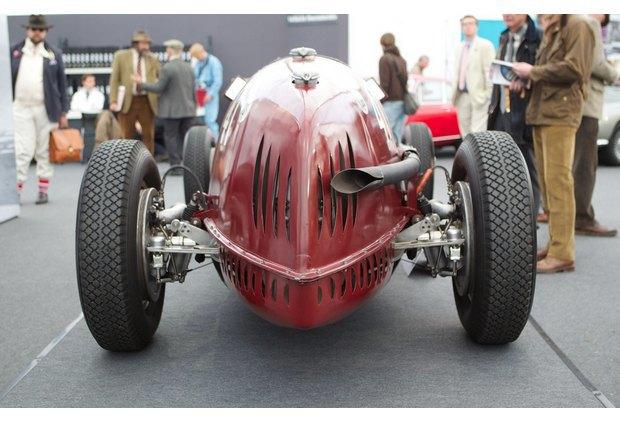 Самую дорогую в истории Alfa Romeo продали на аукционе. Изображение № 6.
