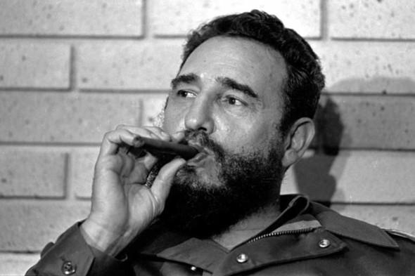 Фидель Кастро представил мемуары. Изображение № 1.