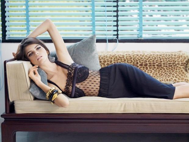 Модель Джейза Чиминаццо снялась в рекламе нижнего белья La Perla. Изображение № 13.