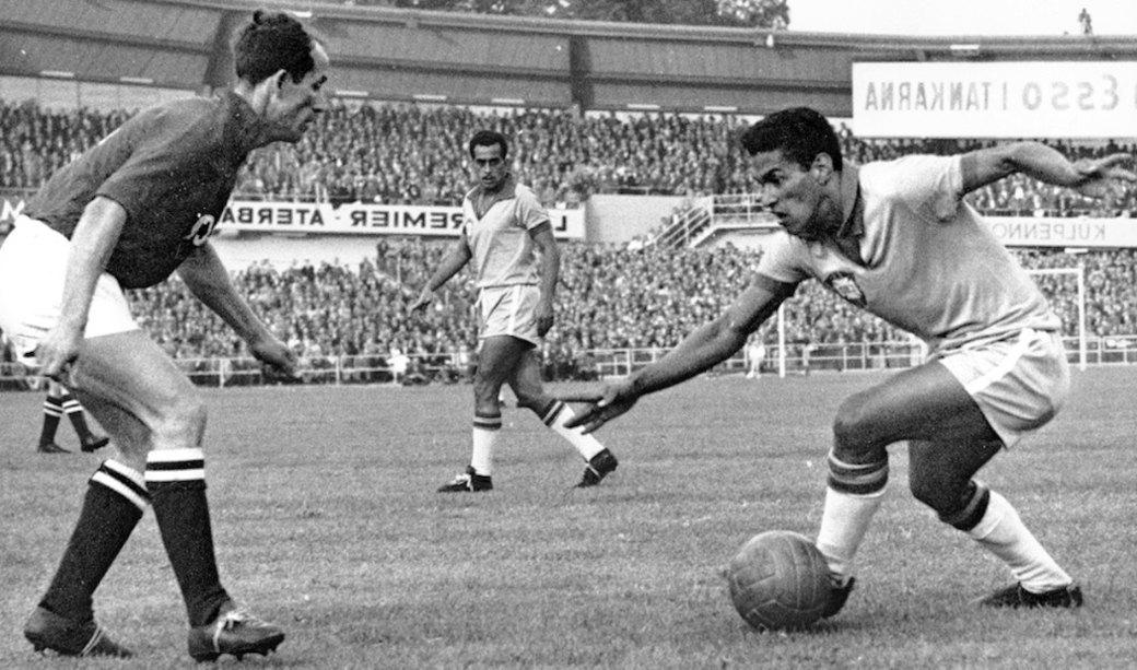 Гарринча: «Великий хромой» бразильского футбола. Изображение № 4.