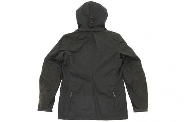 Марка Barbour и дизайнер Токихито Йошида выпустили куртку Джеймса Бонда. Изображение № 2.