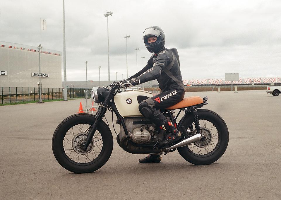 Фоторепортаж с гонки кастомных мотоциклов Nuts & Bolts. Изображение № 5.