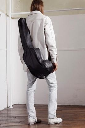 Марки H&M и Maison Martin Margiela представили совместную коллекцию одежды. Изображение № 47.