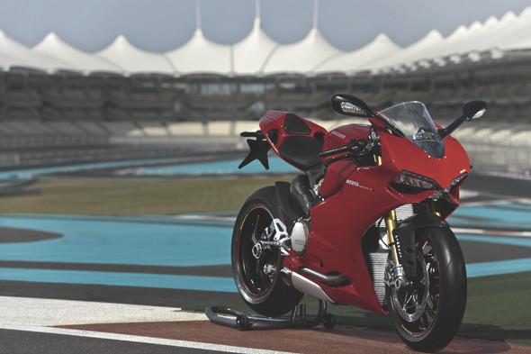 Первые испытания мотоцикла Ducati Panigale. Изображение № 5.
