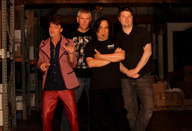 Группа Black Flag выпустила новый трек «Wallow in Despair». Изображение № 1.