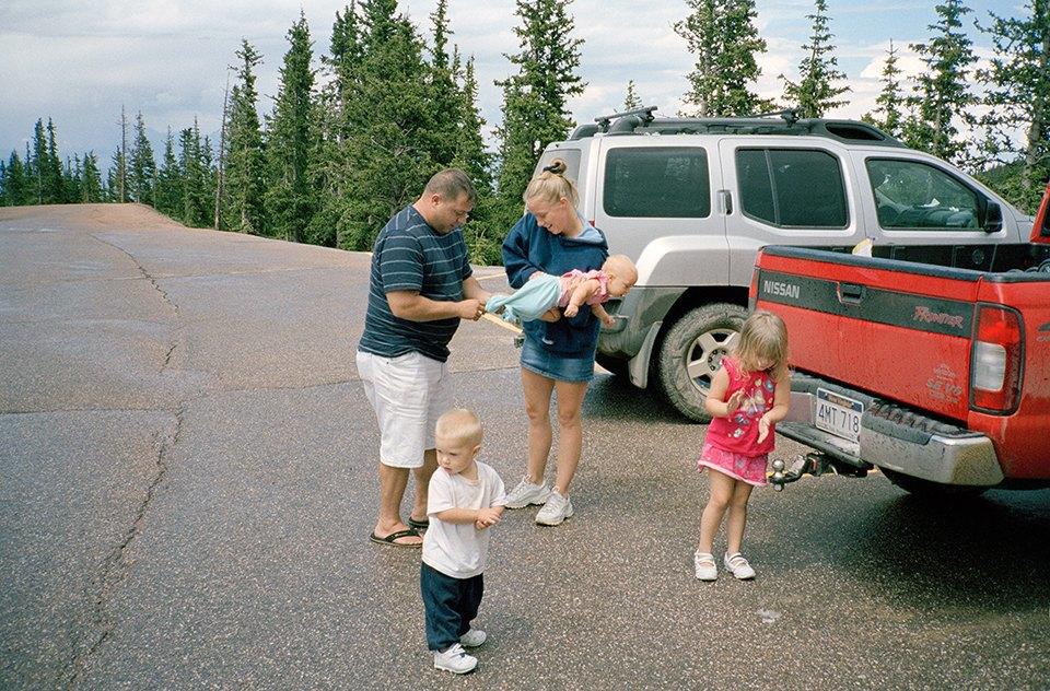 Семейный альбом: Как устроена бытовая жизнь американских военных . Изображение № 36.