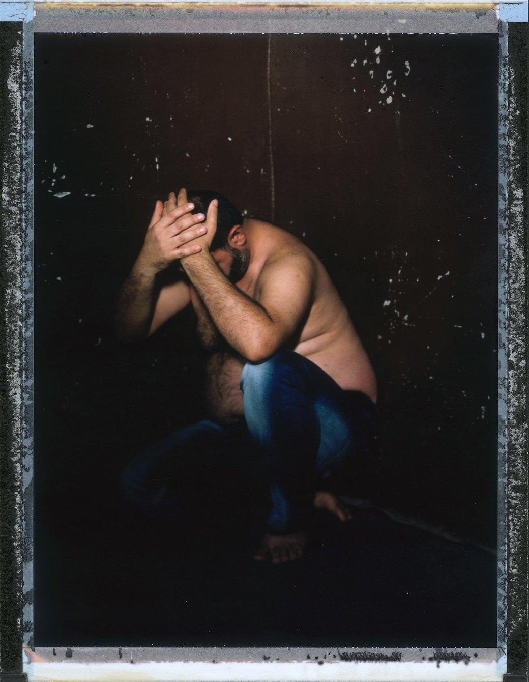 «Меня избивали всем участком с 11 вечера и до 6 утра»: Как преследуют ЛГБТ в странах третьего мира. Изображение № 7.