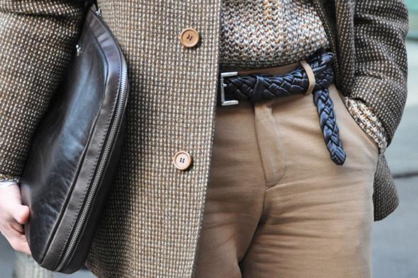 Изображение 29. Шарфы, клатчи, клетчатые пиджаки и подвернутые джинсы.. Изображение № 51.
