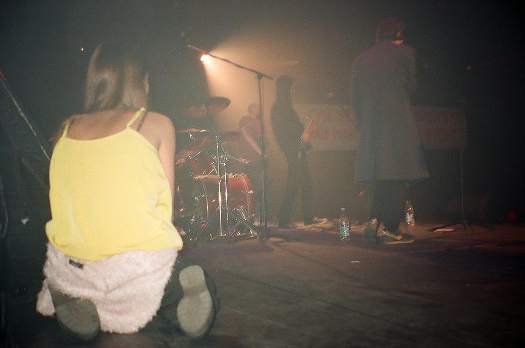 Фоторепортаж: Концерт «Панк-фракции красных бригад» в театре имени Вс. Мейерхольда. Изображение № 5.