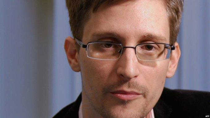Сноудену присудили «альтернативную Нобелевскую премию». Изображение № 1.