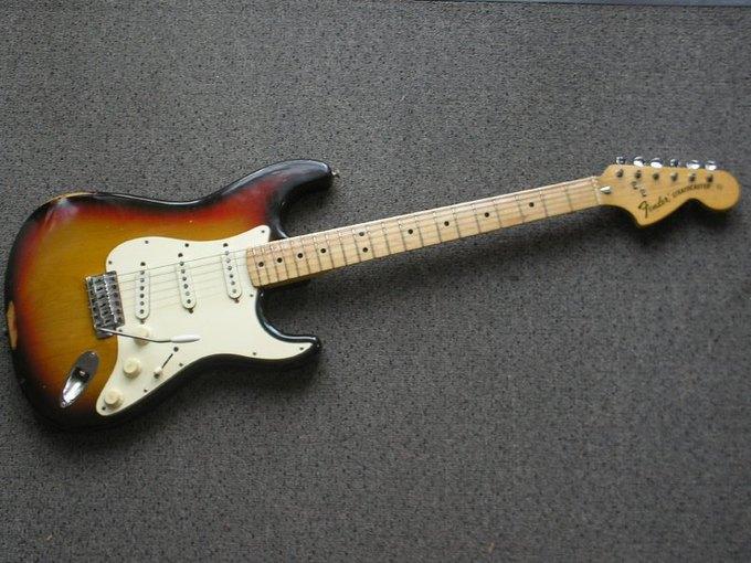 Первый Fender Stratocaster продан за четверть миллиона долларов. Изображение № 1.