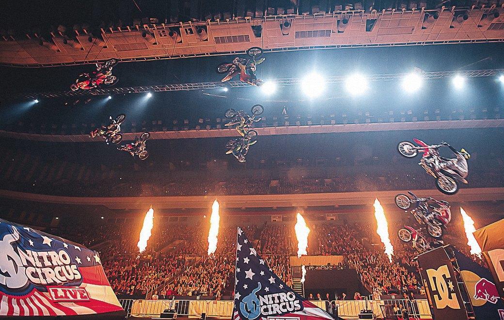 «Я в восторге от своей жизни»: Интервью с Камом Синклером, каскадером команды Nitro Circus. Изображение № 3.