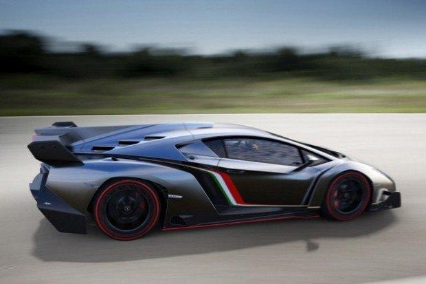 Lamborghini представили юбилейный суперкар Veneno. Изображение № 7.