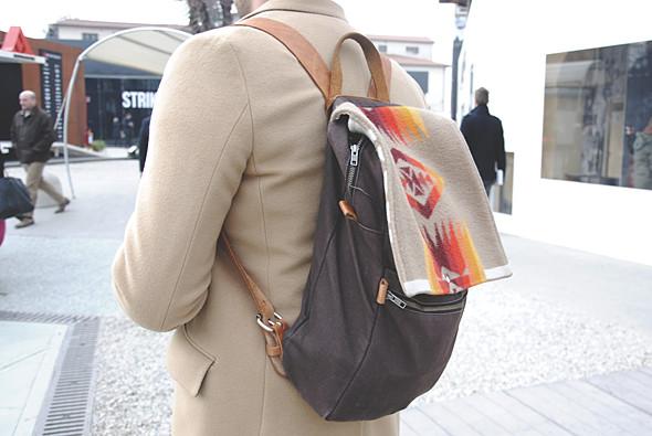 Детали: Репортаж с выставки мужской одежды Pitti Uomo. День третий. Изображение № 24.