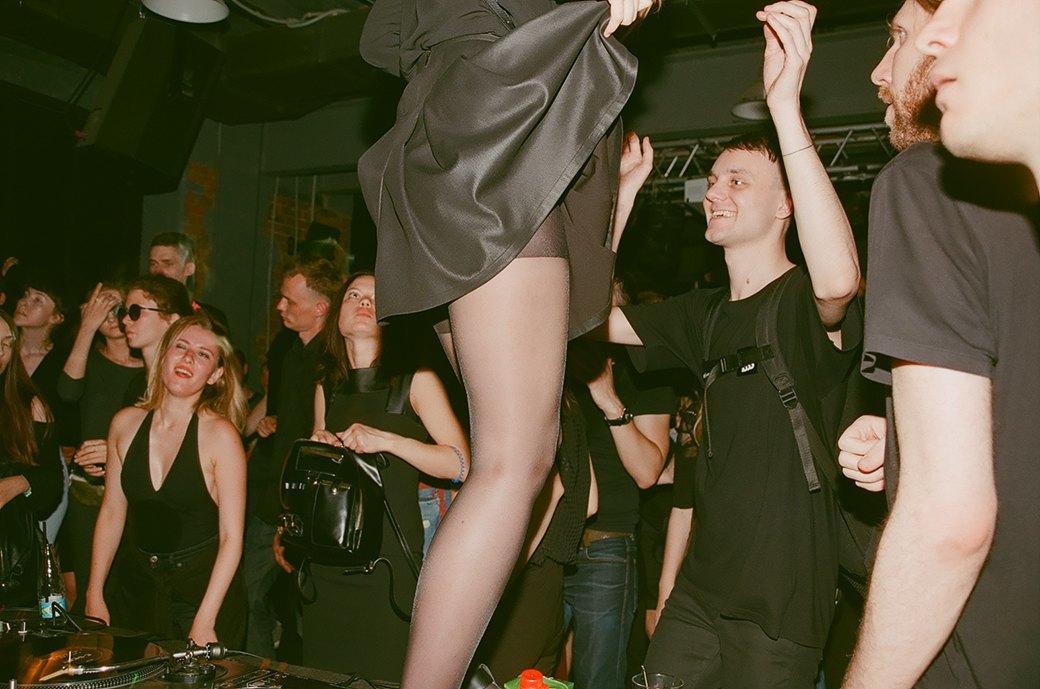 Фоторепортаж: «Дисциплина» в клубе Fassbinder. Изображение № 14.
