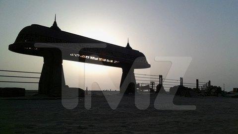 В сеть попали первые снимки со съемочной площадки новых «Звездных войн». Изображение № 26.
