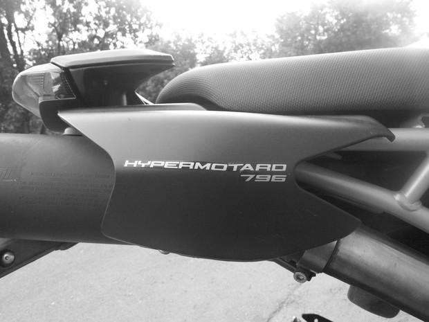 В Москве официально открылся салон мотоциклов Royal Enfield. Изображение № 19.