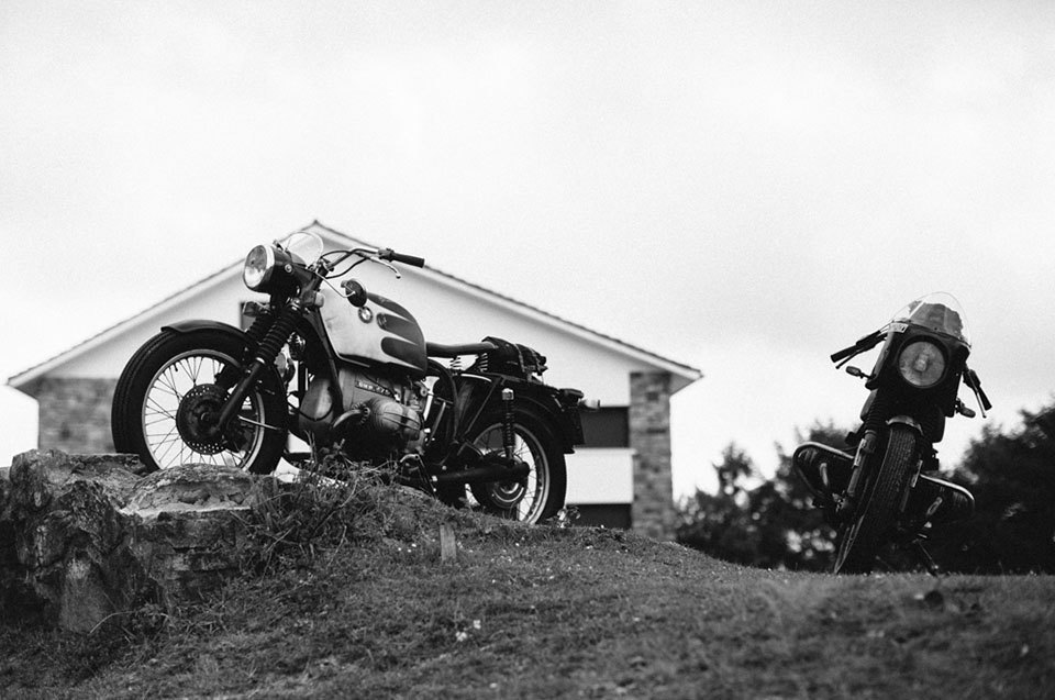 Фоторепортаж с мотоциклетного фестиваля Wheels & Waves. Изображение № 40.