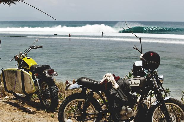 Гонки по пляжу, серфы и бесконечное лето: Репортаж из мастерской Deus Ex Machina на острове Бали. Изображение №34.